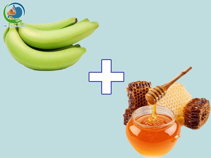 Chuối tiêu xanh + mật ong chữa trào ngược dạ dày
