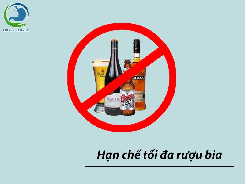 Hạn chế rượu bia là biện pháp không dùng thuốc để điều trị trào ngược dạ dày thực quản trong phác đồ của Bộ Y Tế