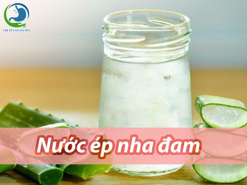 Dùng trực tiếp nước ép nha đam trị trào ngược dạ dày