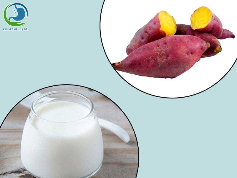Ăn kèm khoai lang với một cốc sữa chua