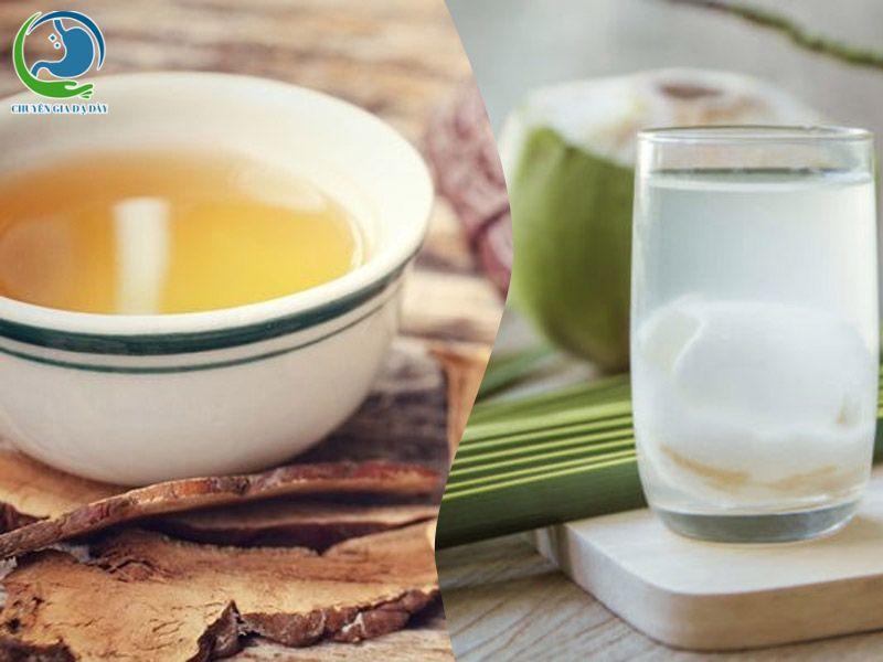 Nước dừa với trà chữa trào ngược dạ dày